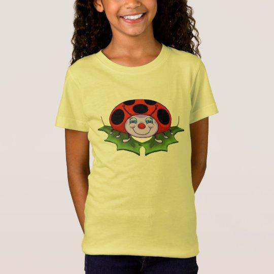 Der T - Shirt des Marienkäfer-Mädchens