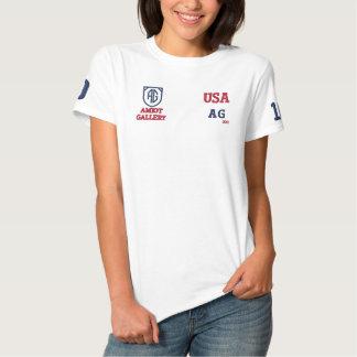 Der trendy weiße T - Shirt der Amiot Polo