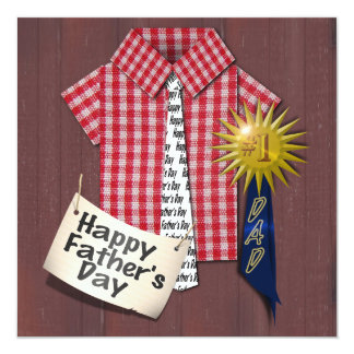 Der Vatertags-rotes Shirt mit Scheunen-Hintergrund Quadratische 13,3 Cm Einladungskarte