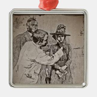 Der Zahnarzt, der auf die Mütze des Mädchens sich Silbernes Ornament
