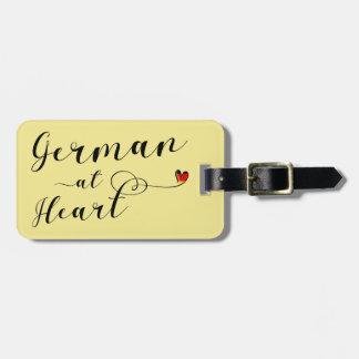 Deutscher an der Herz-Gepäckanhänger-Schablone, Kofferanhänger