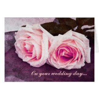 Deux félicitations tendres de jour du mariage de carte de vœux