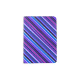 Diagonale Streifen in Blauem und in Lila Passhülle