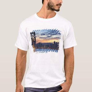 Die Bucht-Brücke von der Schatz-Insel T-Shirt