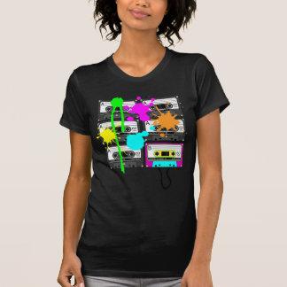 die dunklen Shirts der 80er Spalt