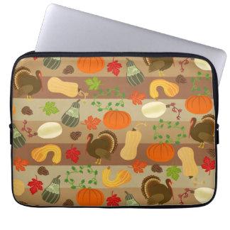 Die Erntedank-Türkei-Kürbis-Herbst-Ernte-Muster Laptop Sleeve
