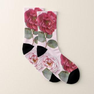 Die gemusterten Socken der Frauen der