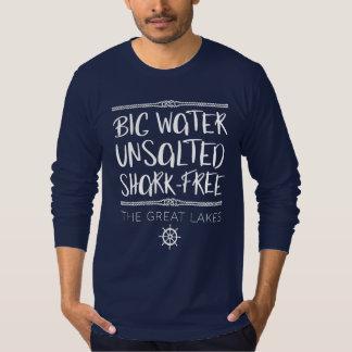 Die Great Lakes: Groß, ungesalzen, Haifisch-frei T-Shirt