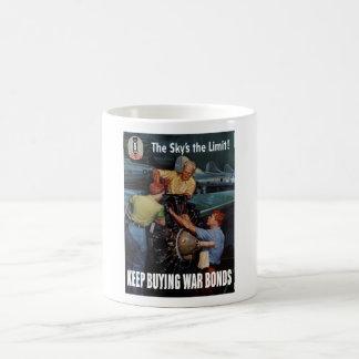 Die Grenze des Himmels -- Plakat WW2 Kaffeetasse