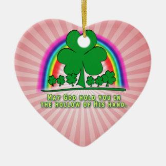 DIE HAND DES GOTTES - IRISCHER SEGEN KERAMIK Herz-Ornament