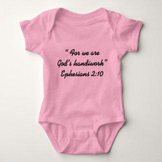 """Die Handarbeits-"""" Baby-Abnutzung """"des Gottes Baby Strampler"""