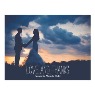 Die Liebe und Knäuel, die wedding sind, danken Postkarte