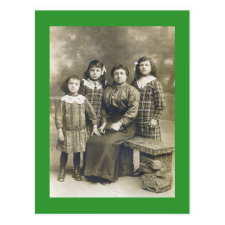 Die Mädchen-Postkarte des Papas Postkarte