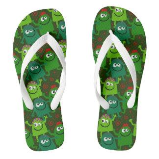 Die niedlichen kleinen grünen Funky Männer drehen Flip Flops