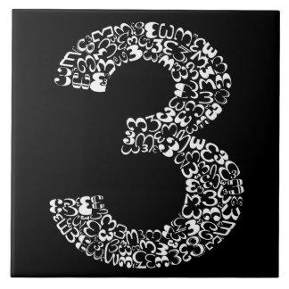 Die Nr. drei Fliese