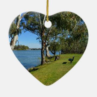 Die Park-Bank, Berri, Südaustralien, Keramik Herz-Ornament