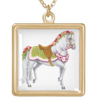 Die Rosen-Karussell-Pferdehalskette Vergoldete Kette