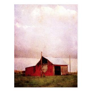 Die rote Scheune am Sonnenuntergang Postkarte