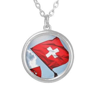 Die Schweiz Halskette Mit Rundem Anhänger