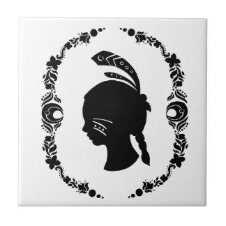 Die Silhouette des gebürtiger Amerikaner-Mädchens Keramikfliesen