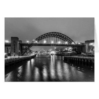 Die tyne-Brücke nachts Karte