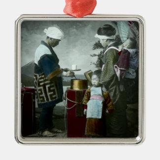 Dienender süßer Wein Amazake Vintages altes Japan Quadratisches Silberfarbenes Ornament