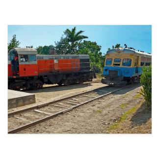 Diesellocomotive und Railcarsitzung Postkarte