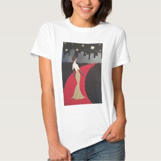 Dieser Entwurf lässt Sie immer bezaubernd euch Hemden