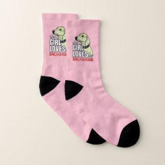 Dieses Mädchen-Lieben ihre Dackel Socken
