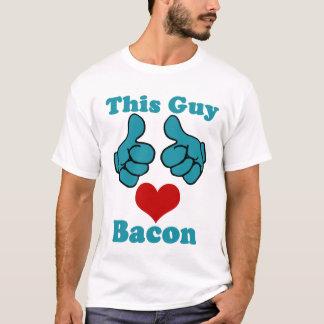 Dieses Typ-Herz-Speck-Shirt T-Shirt