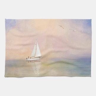 Digital-Malerei des Segelboots und der Seemöwen Handtuch