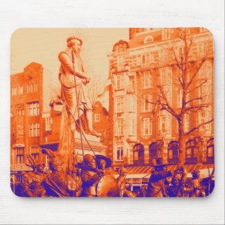 digitales Foto Rembrandt-Statueamsterdams Mauspad