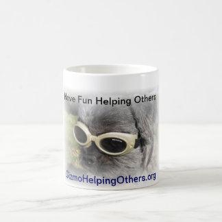 Ding der Hund, der anderen hilft Tassen