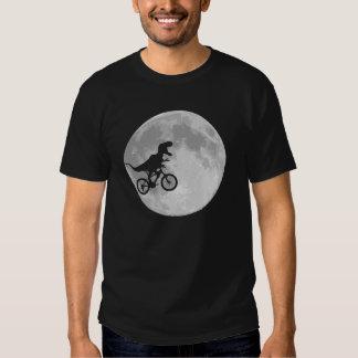 Dinosaurier auf einem Fahrrad im Himmel mit Mond Hemd