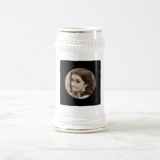 DIY schaffen Ihren eigenen schwarzen Bierglas