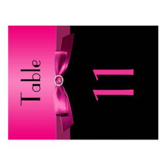 Doppelseitige rosa und schwarze Tischnummer Postkarte
