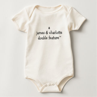 Doppelte Eigenschaft A (Eltern-Namen hier) für Baby Strampler