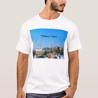 Dorf der Helme T-Shirt