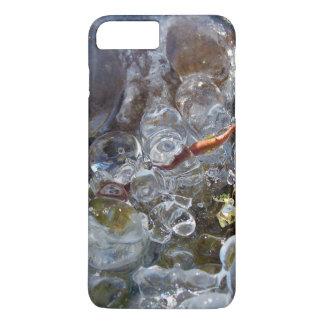Dorn in den runden Blasen des Eises vom Eisregen iPhone 8 Plus/7 Plus Hülle