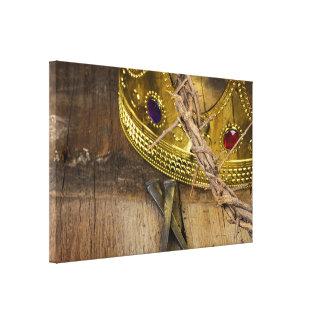 Dornenkrone und Gold krönen mit Nägeln Leinwanddruck