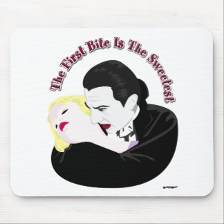 Dracula, der erste Biss ist das süßeste Mousepad