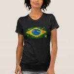 Drapeau grunge du Brésil pour des Brésiliens dans
