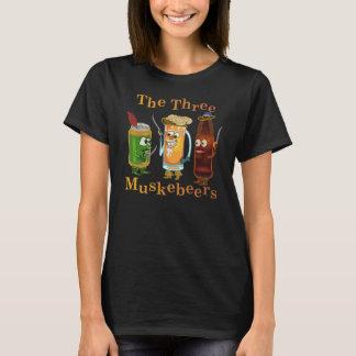 Drei Muskebeers lustiges Bier-Wortspiel T-Shirt