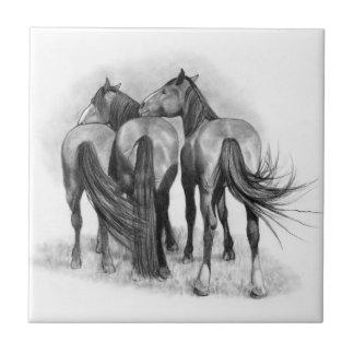 Drei Nuzzling Pferde: Zeichnender Bleistift, Keramikfliese