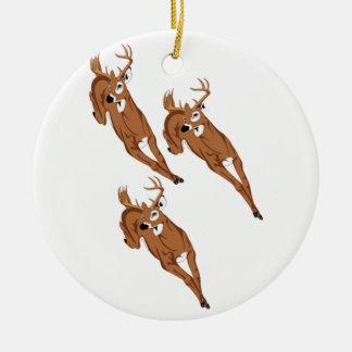 Drei zum zu laufen keramik ornament