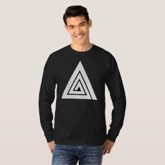 Dreiergruppe - eine schwarze lange Hülse T-Shirt
