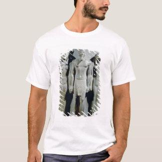 Dreiergruppe von Menkaure mit der Göttin Hathor T-Shirt