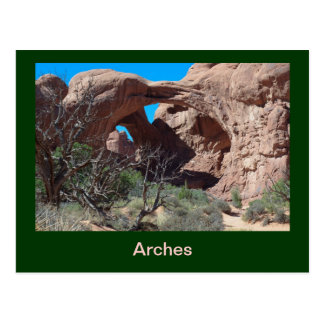 Dreiergruppe wölbt Andenken-Postkarte Postkarte