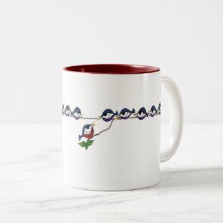 Dreizehn Amsel-Tasse Zweifarbige Tasse