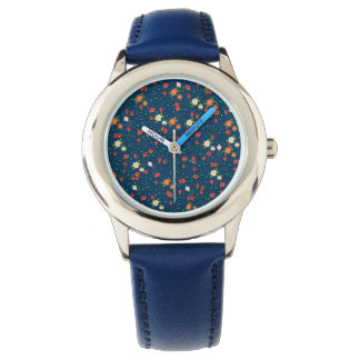 druckt von den Blumen mit dem blauen Grund Armbanduhr